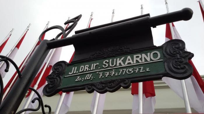 jalan-dr-ir-soekarno-di-kota-bandung_20151110_193421